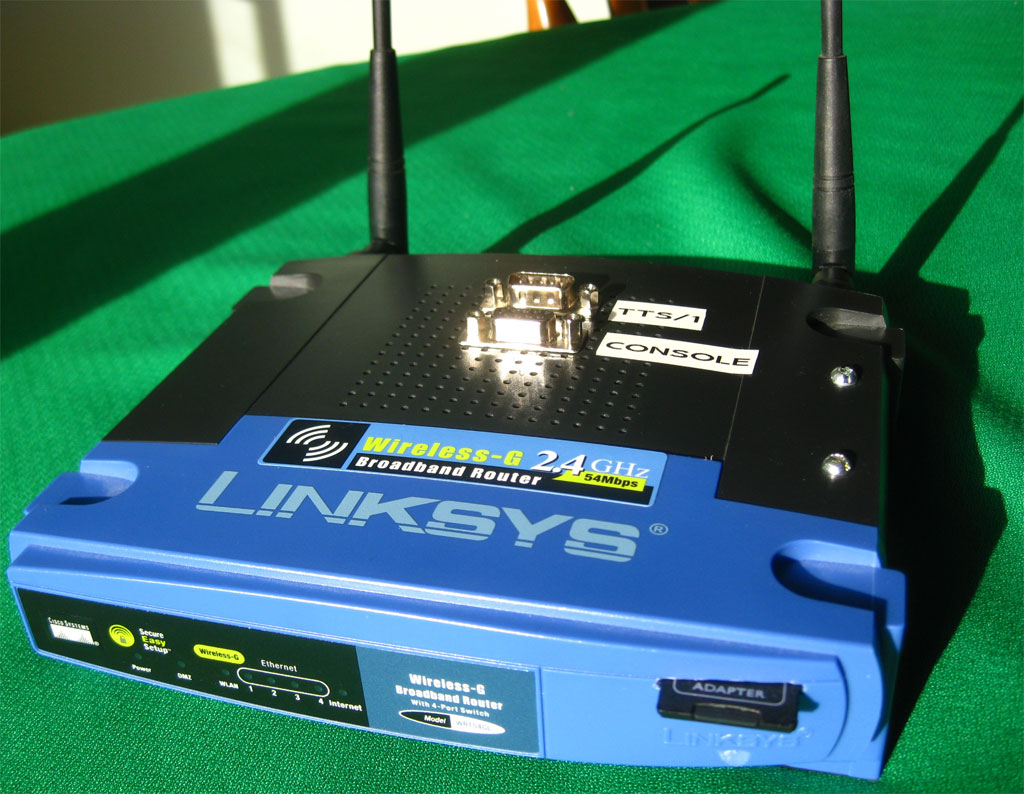WRT54GL Dual Serial Port and SD Card Mods - JBProjects net
